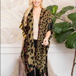 Riah Fashion Kimono